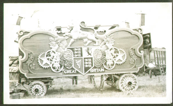 Image for Robbins Bros Circus Britain Tableau Wagon #3
