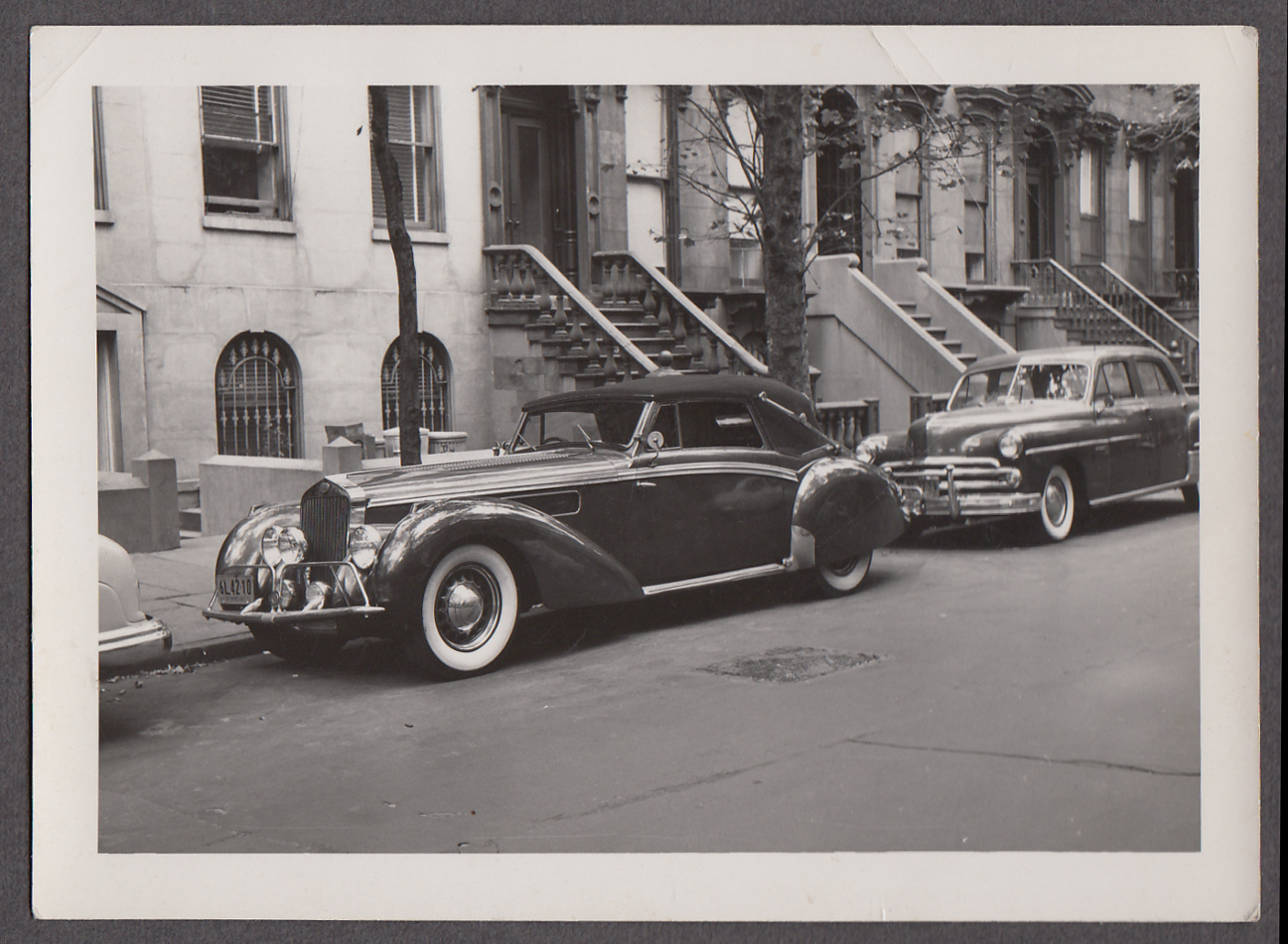 1939 Delage D8-120 snapshot NYC brownstone NY plate 6L42-10 1951