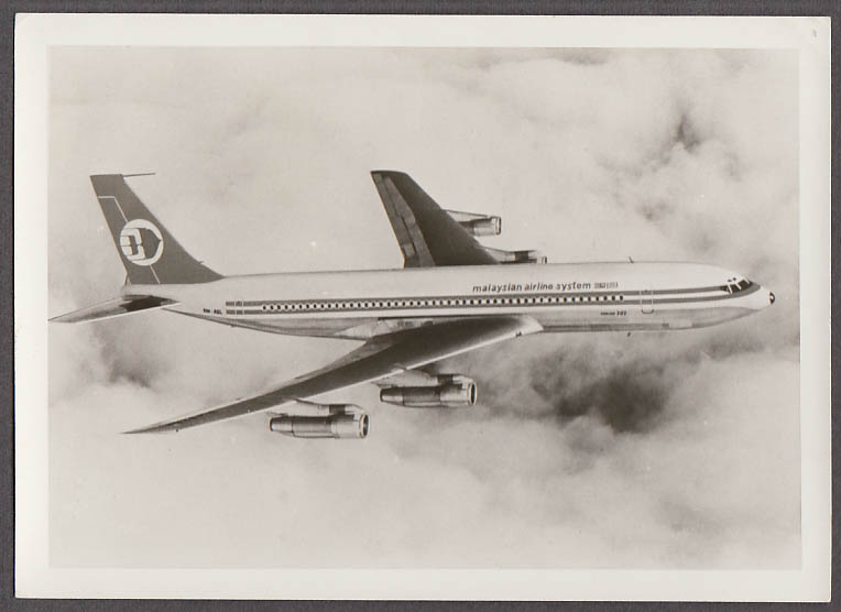 Malaysian Airline System Boeing 707 GM-AQL in-flight airliner photo