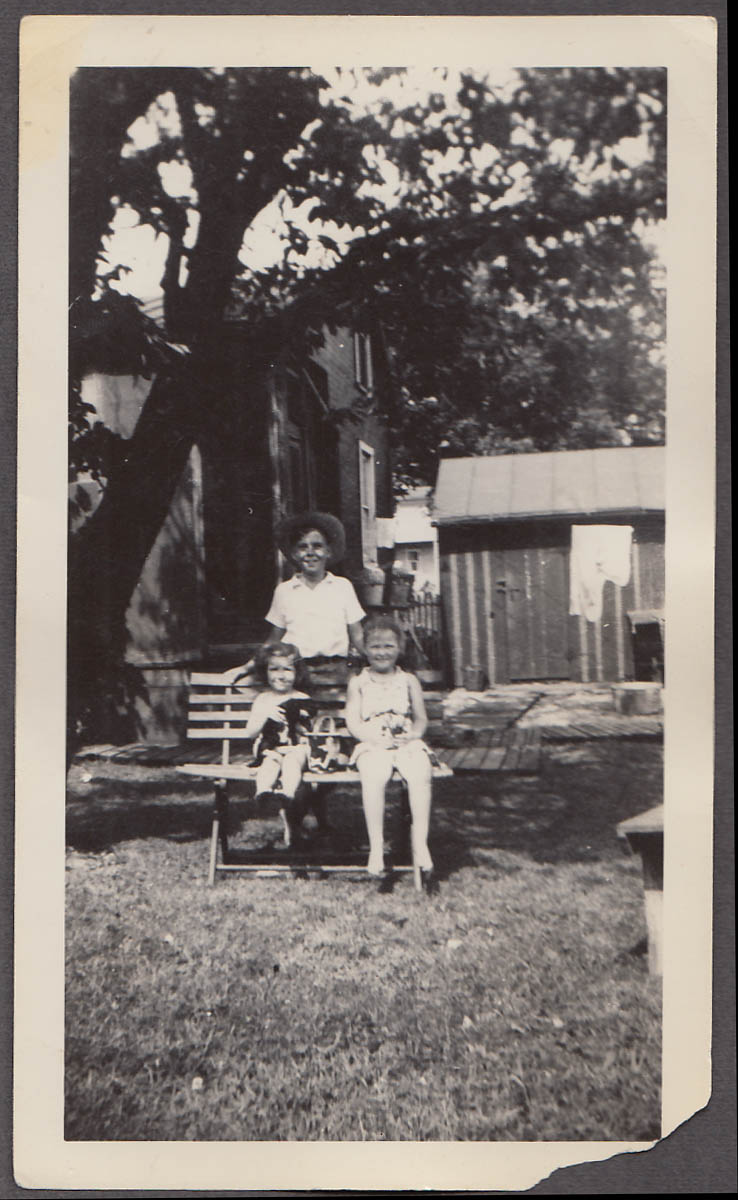 Image for Mary Ann & Richard Jr Vaughn Harpers Ferry WV photo c 1940s