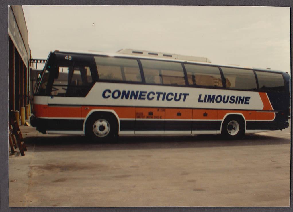 Image for Connecticut Limousine #48 bus snapshot Milford CT 1988