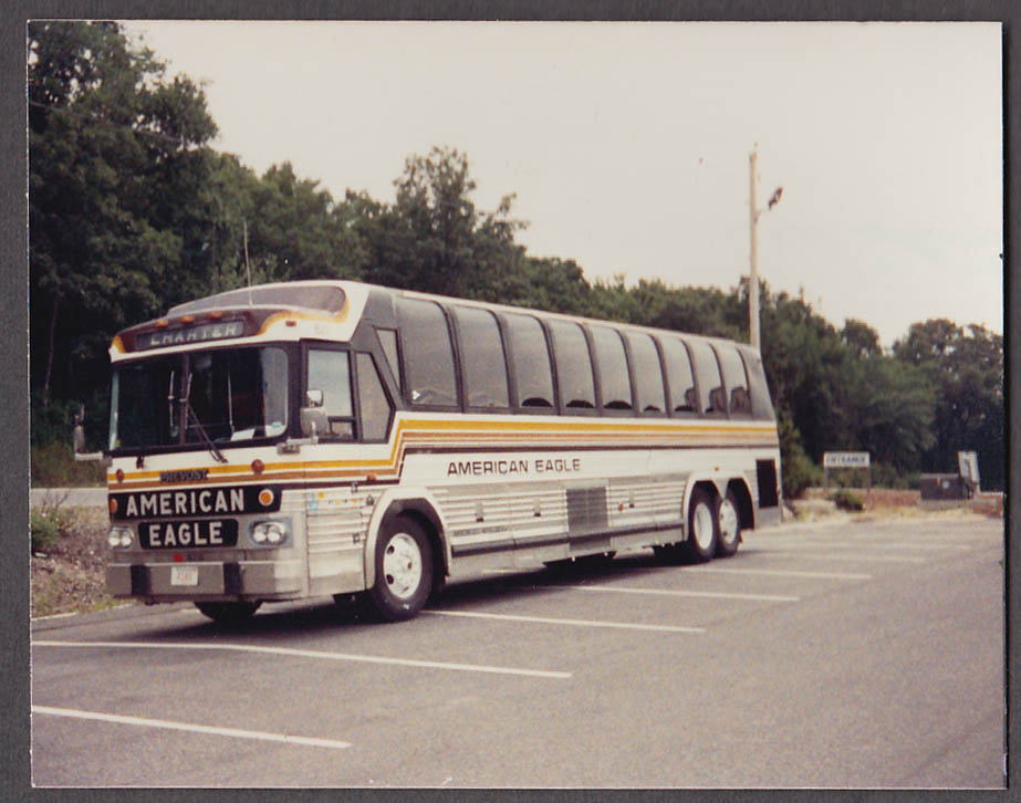 American Eagle Prevost #828 Charter bus snapshot 1989