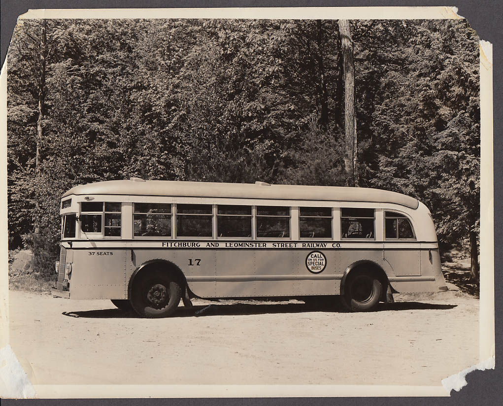 ACF #17 Fitchburg & Leominster Street Railway bus photo 1940s