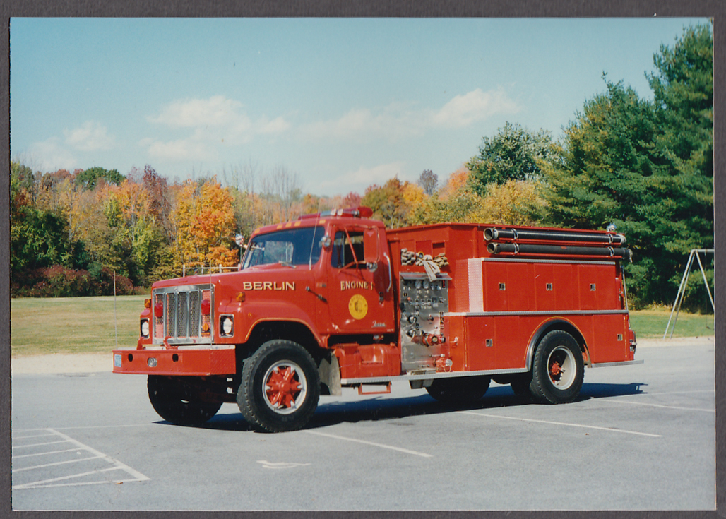 Berlin MA FD Farrar Pumper Engine #1 fire truck photo