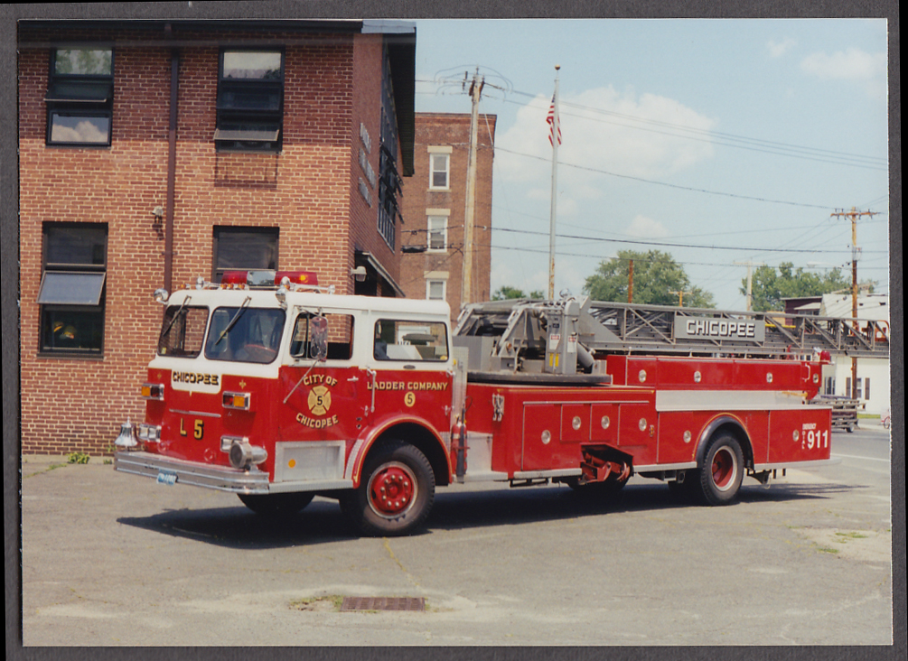 Chicopee MA FD Ladder Truck Ladder Company Engine #5 fire truck photo