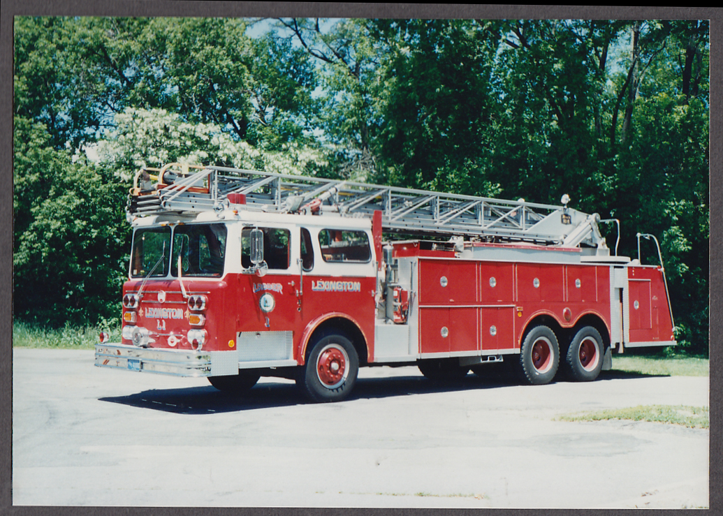 Lexington MA FD Maxim Tower Ladder Engine #L1 fire truck photo