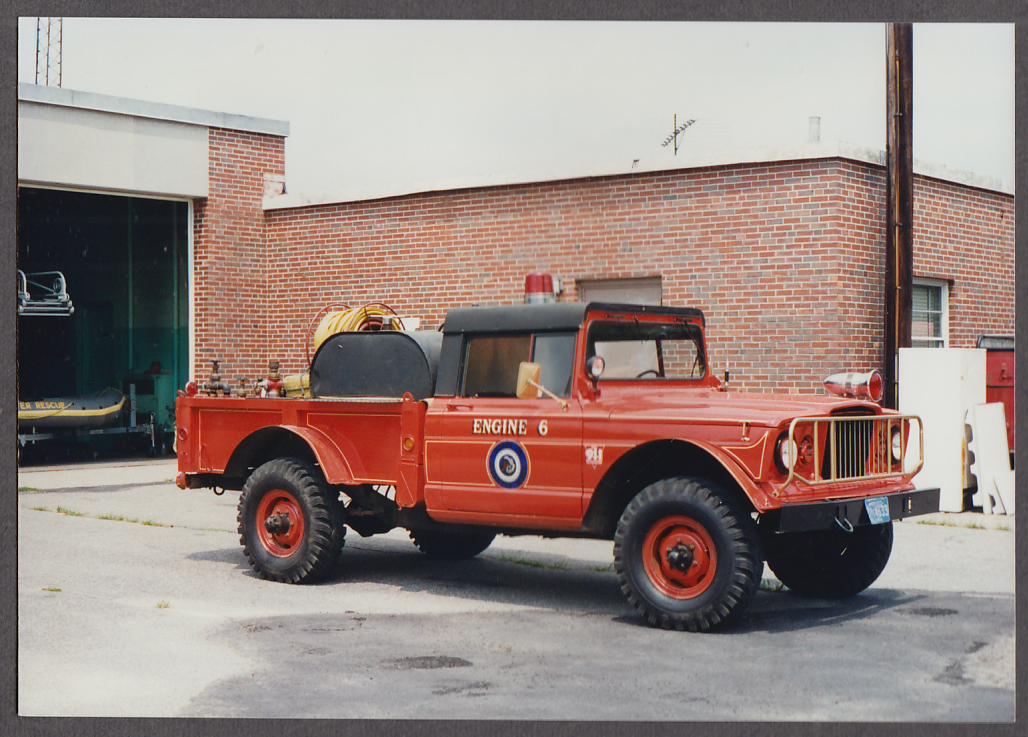 Webster MA FD Jeep 4WD Water Tank Pumper Engine #6 fire truck photo