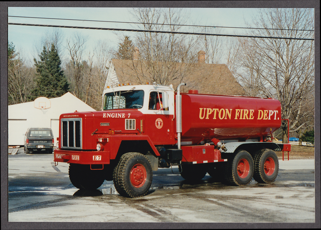 Upton MA FD International Paystar 5000 Water Tanker Engine #7 fire truck photo