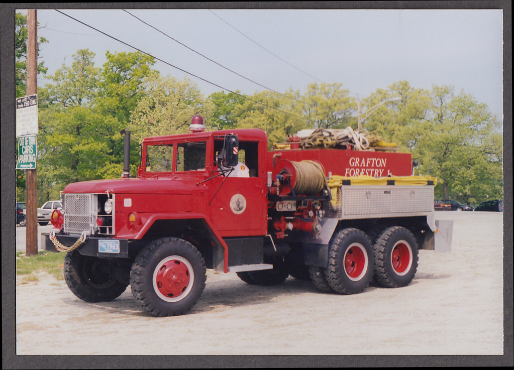 Grafton MA FD International Forestry Pumper Engine fire truck photo