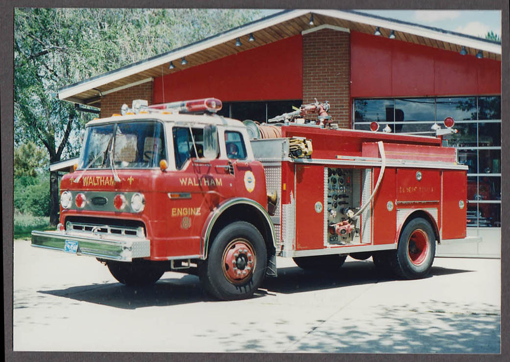 Waltham MA FD Ford Pumper Engine #8 fire truck photo