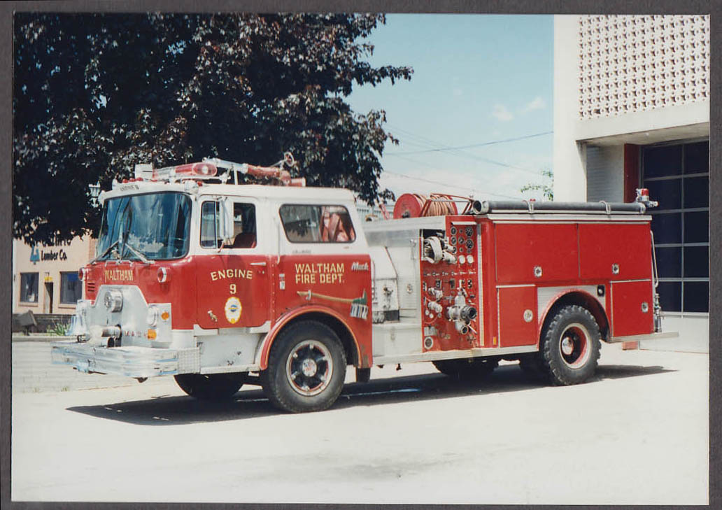 Waltham MA FD Mack Pumper Engine #9 fire truck photo