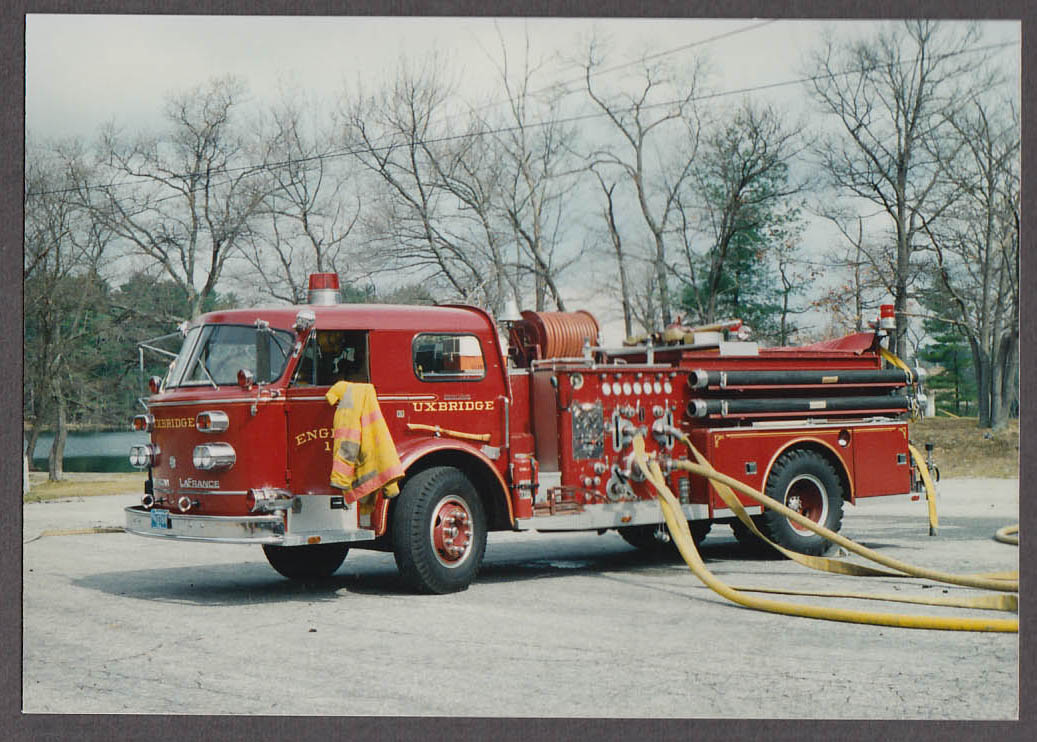 Uxbridge MA FD American LaFrance Pumper Engine #1 fire truck photo hoses deploy