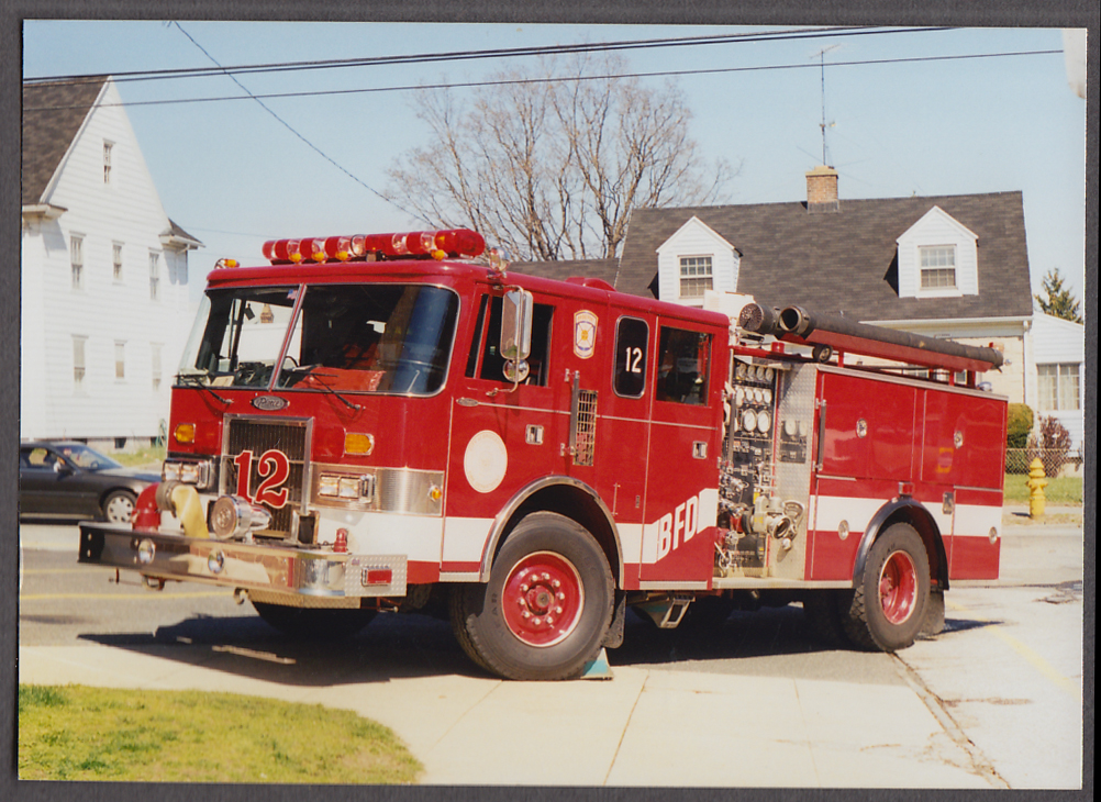 Bridgeport CT Pierce Pumper Engine #12 fire truck photo