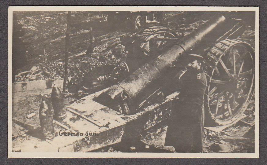 German artillery piece & officer miniature World War I photo