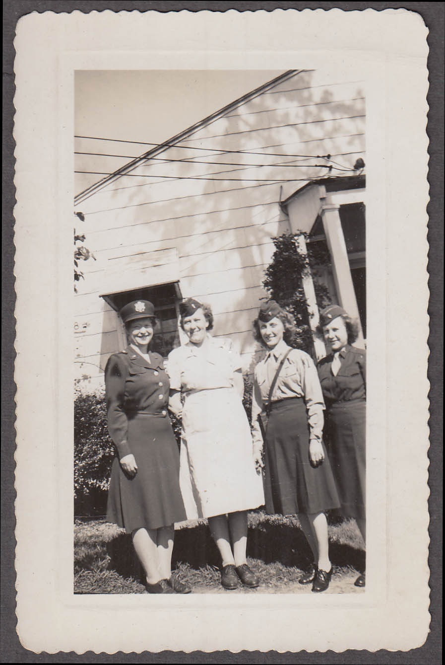 US Army Nurse officers Lt Hunt, Taylor, Vines, Lemeral vernacular snapshot 1945