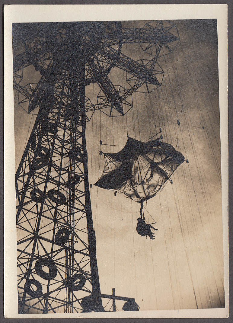 1939 New York World's Fair Parachute Drop vernacular photo