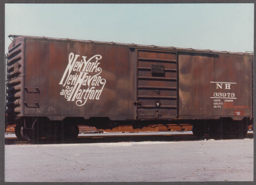 New York New Haven & Hartford RR Steel Boxcar #33973 color photo
