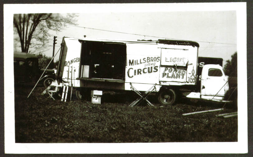 Power Truck Mills Bros Circus photo Frankfort IN 1948