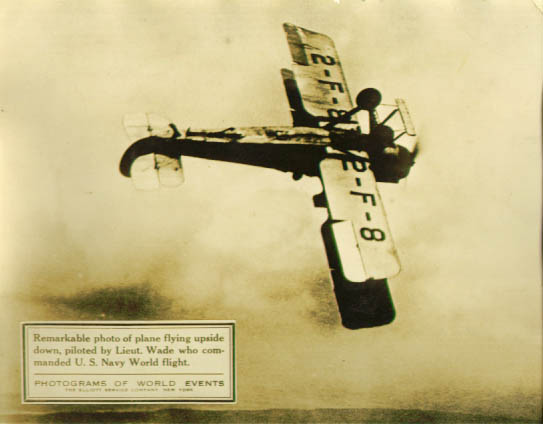 Image for Lt Wade flies upside down newsphoto 1925