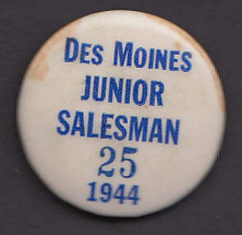 Des Moines Junior Salesman pinback button 1944