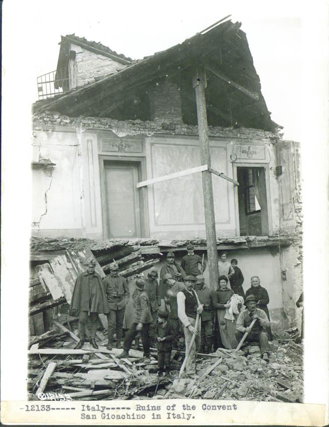 Ruins Convent San Giaochino Italy World War I pic 1918