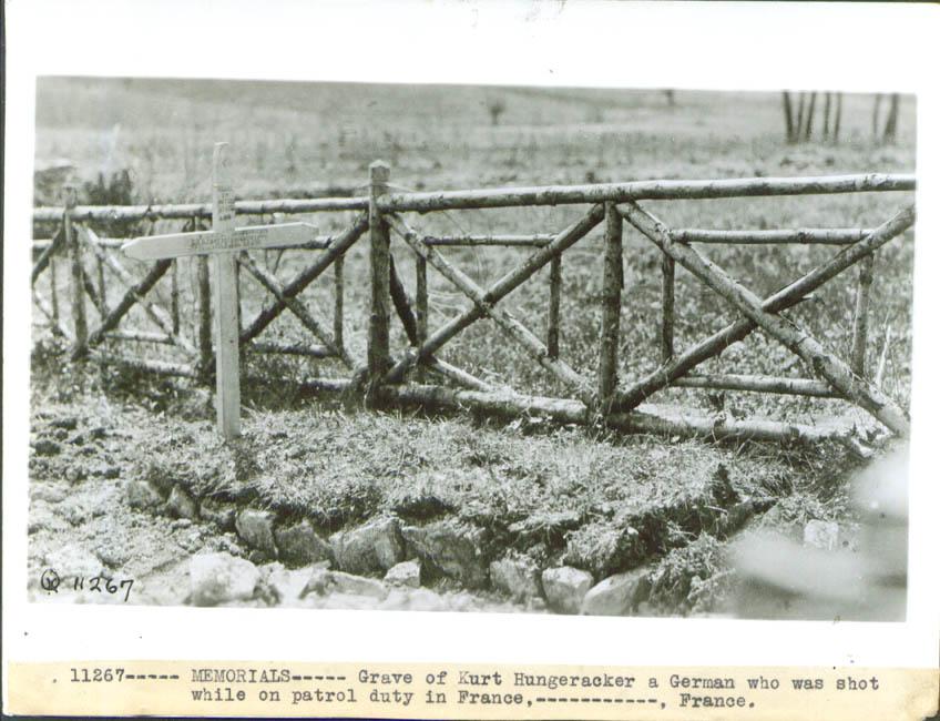 Grave German Kurt Hungeracker World War I France 1918