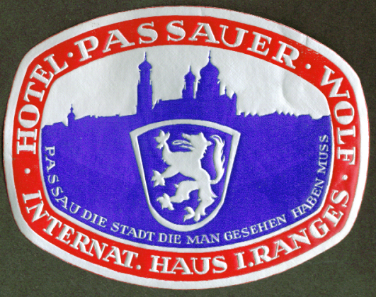 Hotel Passauer Wolf Passau Germany baggage sticker 1930s