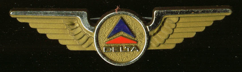 Delta Air Lines kids souvenir plastic pin