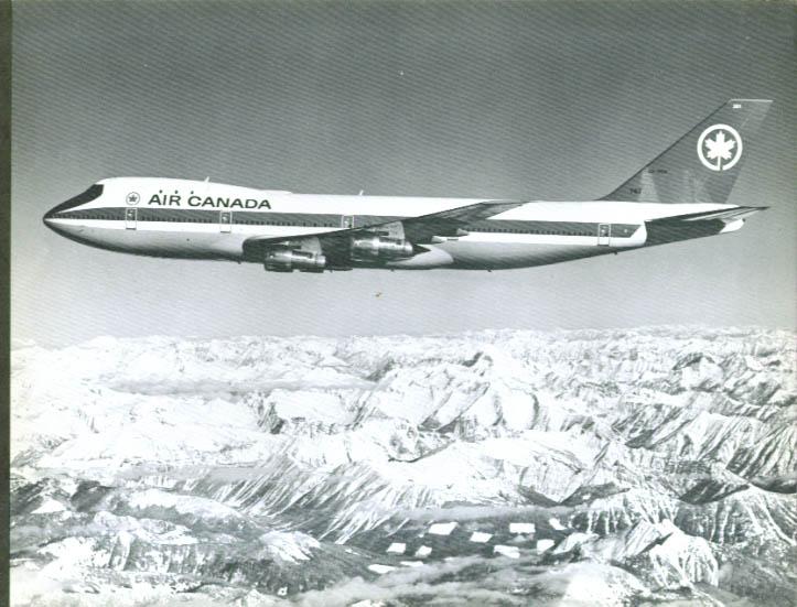 Air Canada Boeing 747 jetliner b&w print