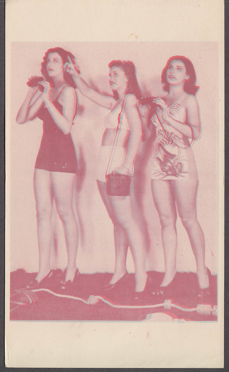 3-D Bathing Beauty Card 3 sightseeing girls in bathing suits 1940s