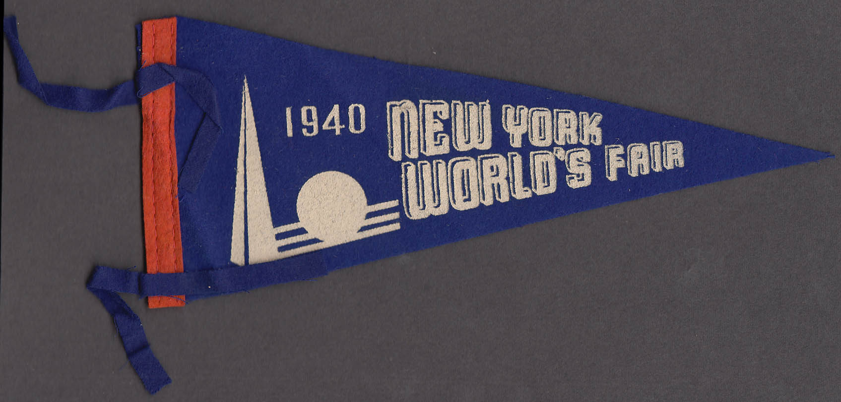 "1940 New York World's Fair 9"" felt pennant"