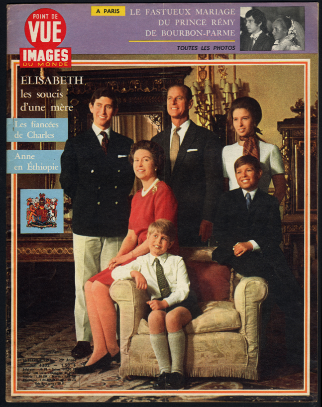 POINT de VUE IMAGES du MONDE Queen Elizabeth II & family 2/16 1973