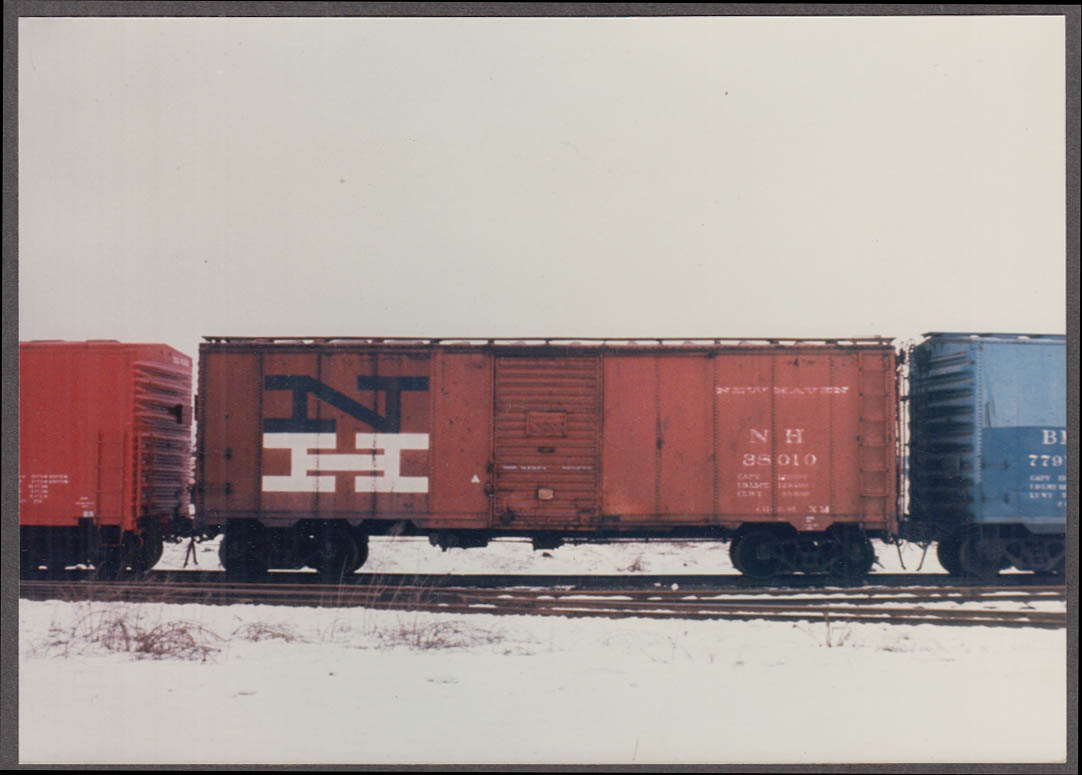 New York New Haven & Hartford RR Box Car #38010 photo built 1961