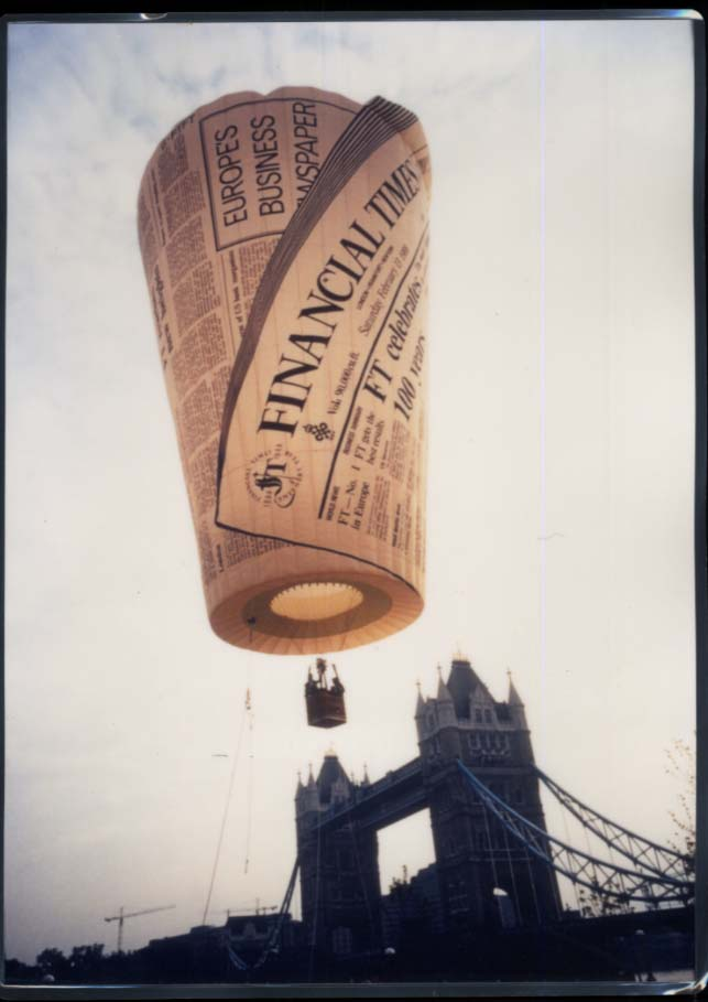 "London Financial Times newspaper advertising hot air balloon 11x16"" photo"