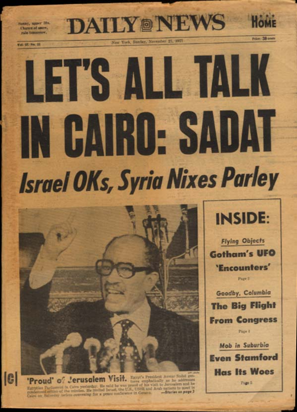 NY DAILY NEWS Sunday 11/27 1977 Sadat says meet in Cairo; women's rugby