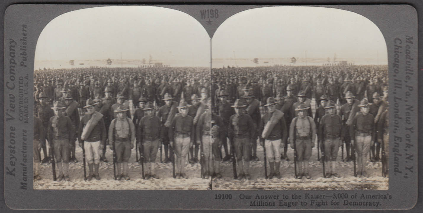 WWI stereoview US Army volunteers ready to fight the Kaiser 1917
