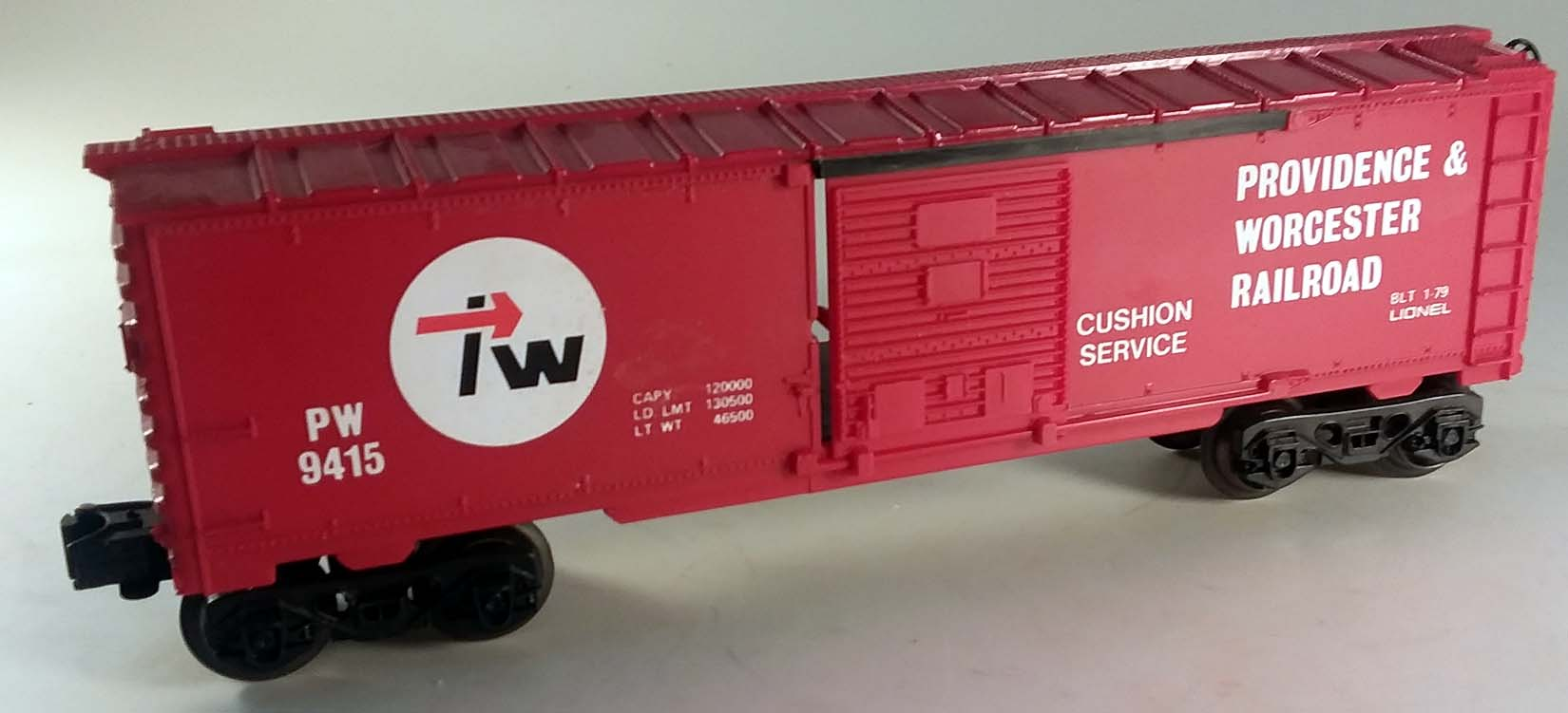Lionel 6-9415 Providence & Worcester Box Car in box