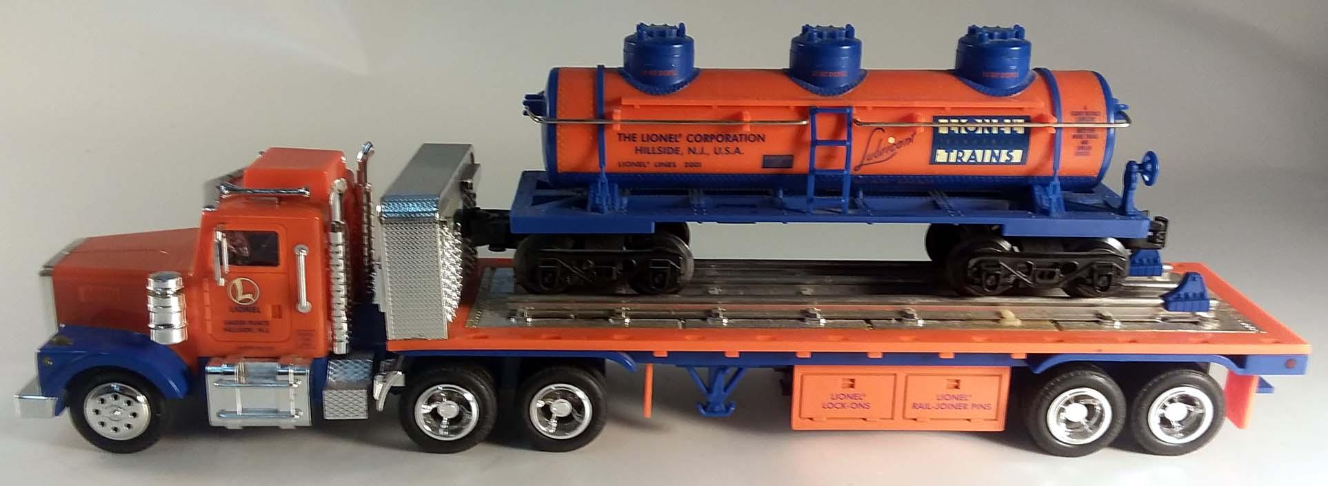 Lionel TMT-18410 Flatbed Truck w/ 3-dome Tank Car MIB