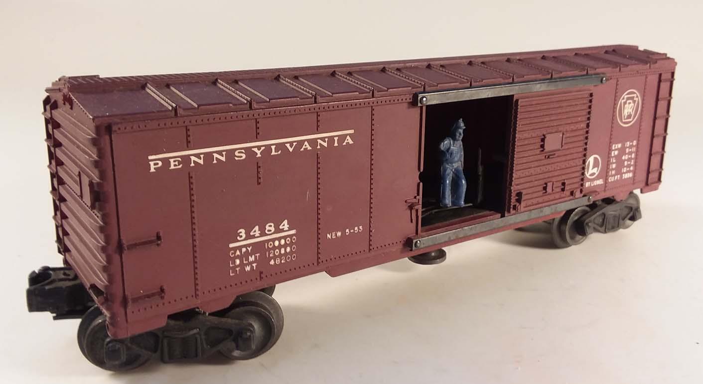 Lionel #3484 Operating Box Car Pennsylvania RR in worn box