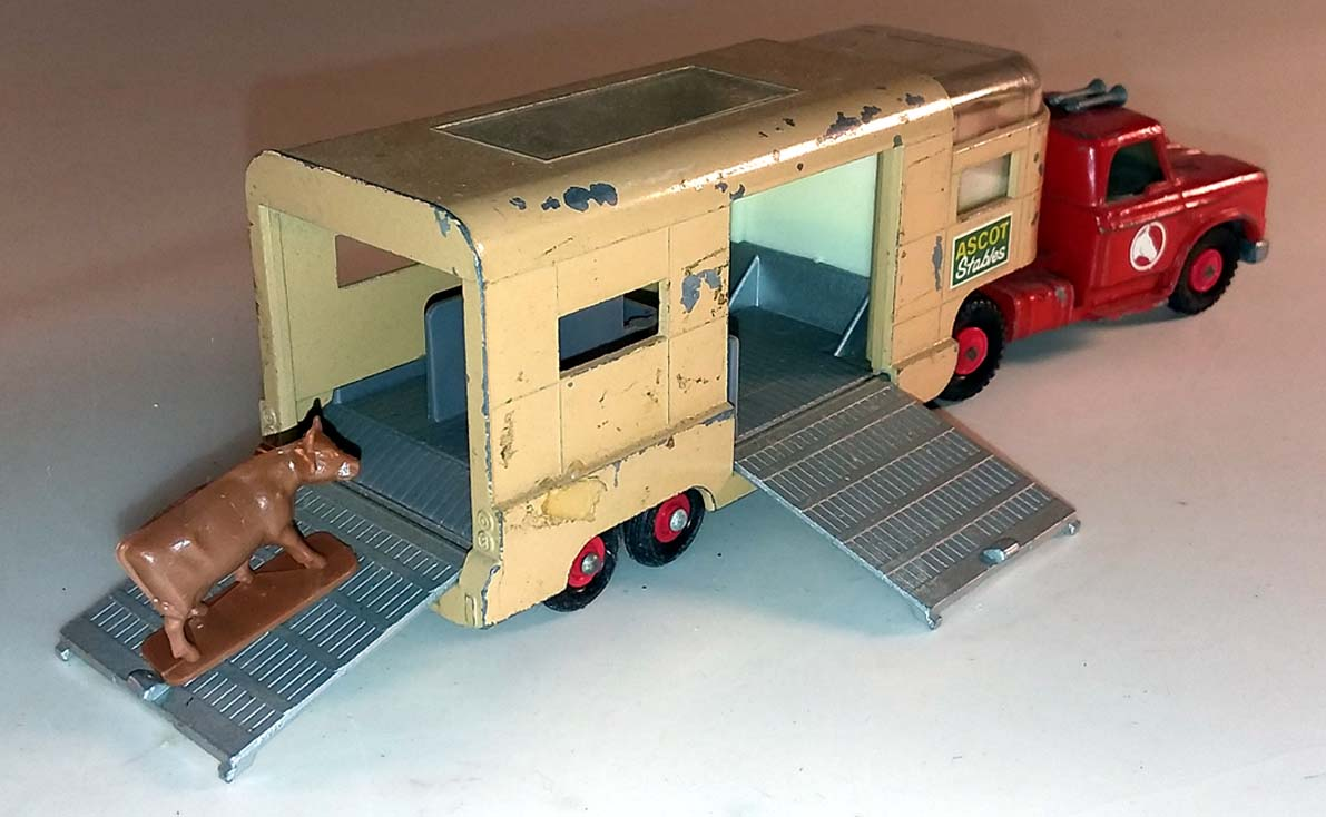 Matchbox King Size K-18 Articulated Horse Van Dodge Tractor Trailer 1966