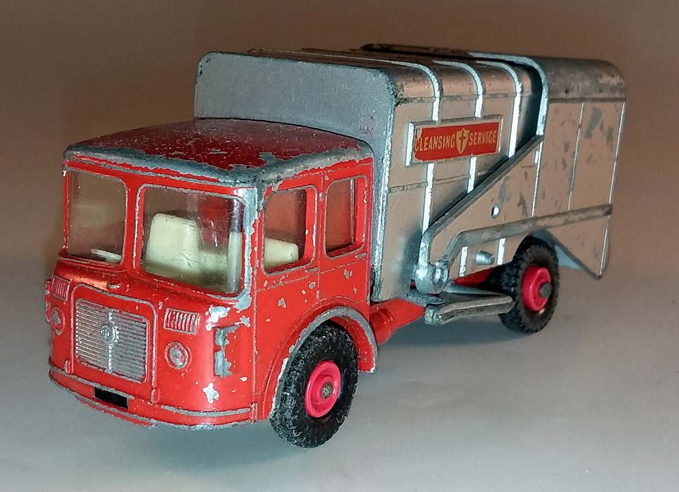 Matchbox King Size K-7B Refuse Truck 1967