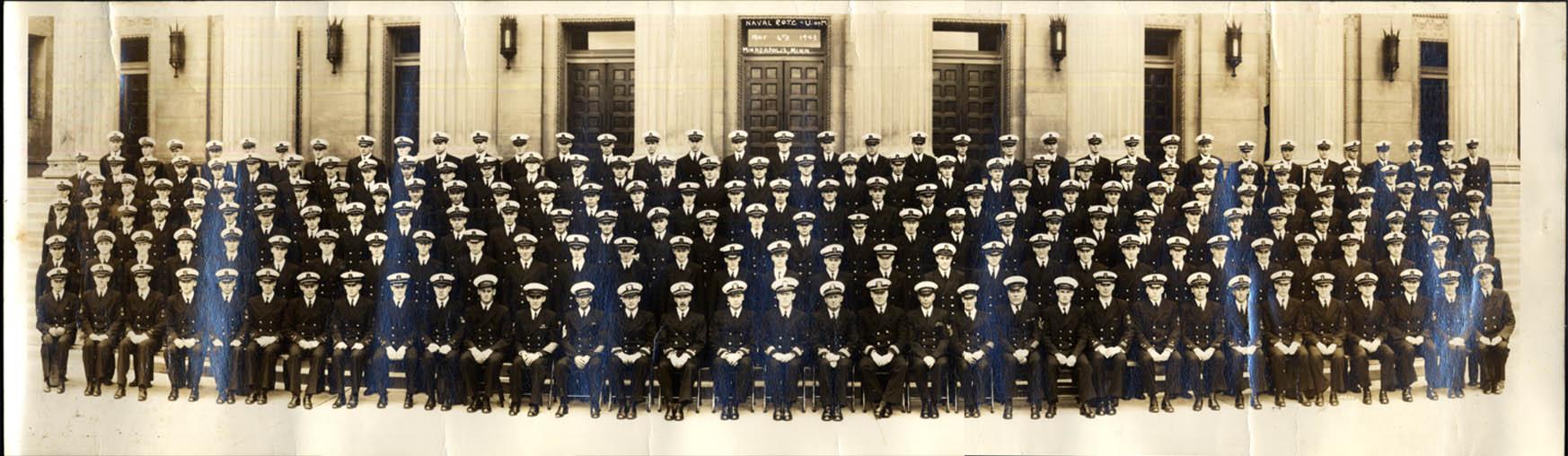 US Naval Navy ROTC Class University of Minnesota 5/6 1943 Minneapolis photo