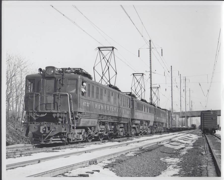 Image for Pennsylvania RR triple header Electric Locomotives P-5A #4737-4700-47?? Photo
