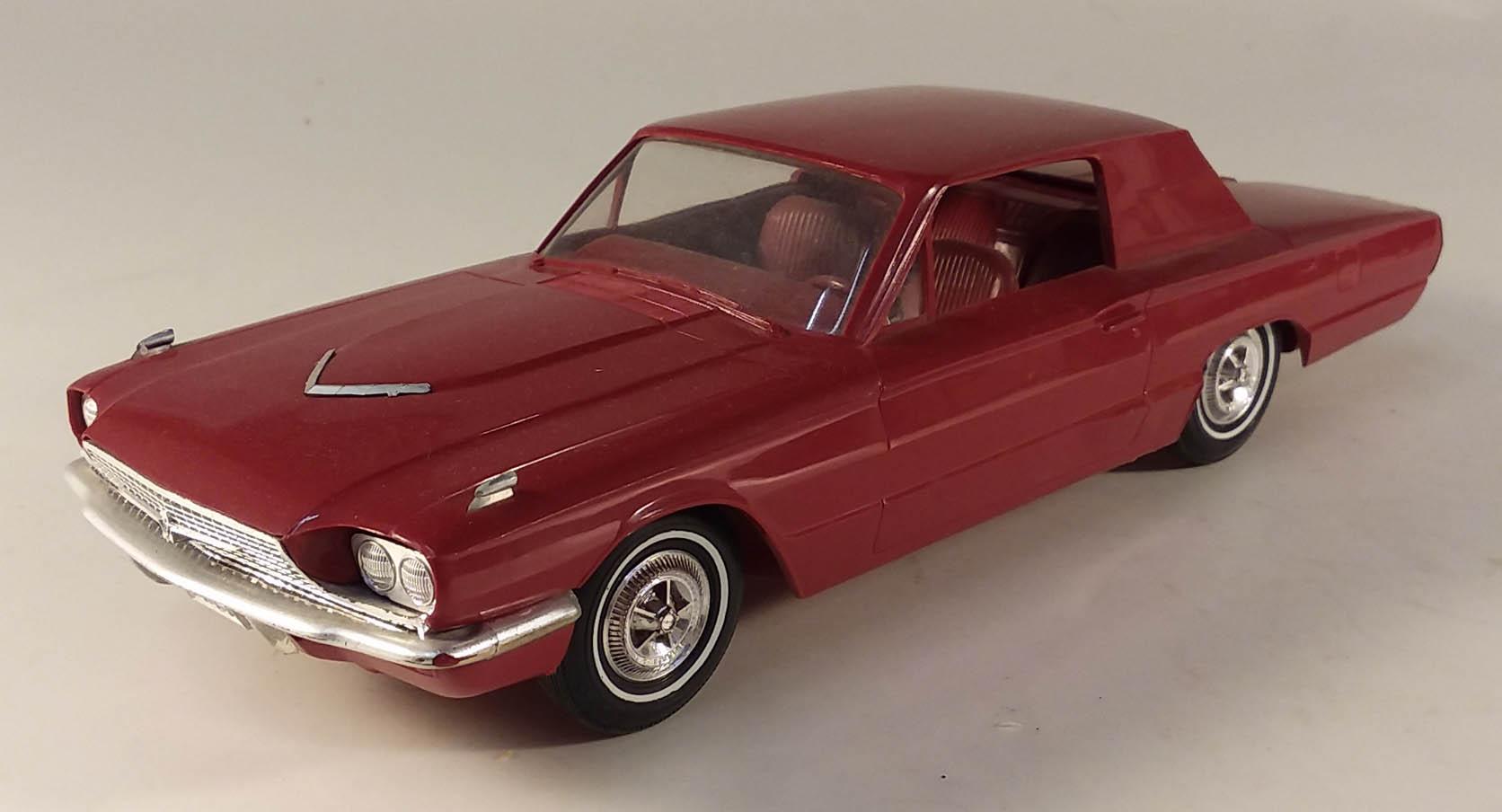 1966 Ford Thunderbird Coupe dealer promo 1/25 model