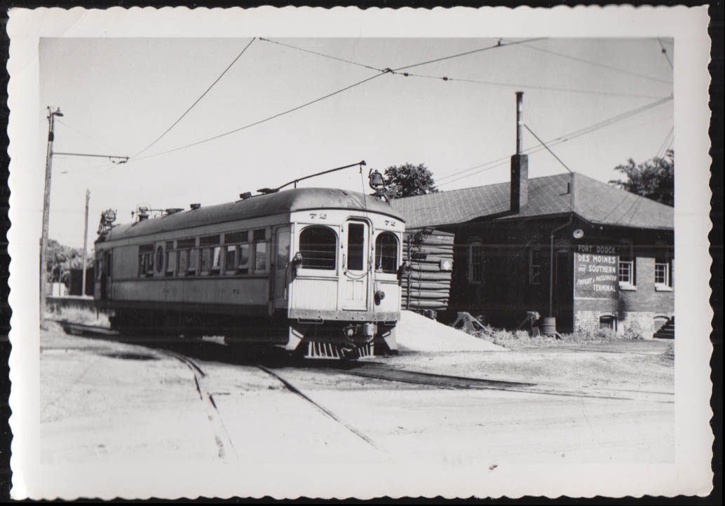 Image for Fort Dodge Des Moines & Southern streetcar #72 photograph 1952