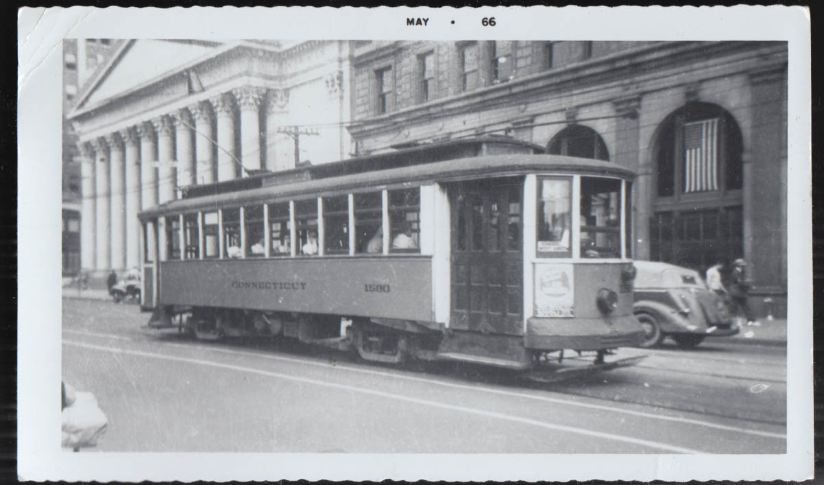 Image for Connecticut Company streetcar #1580 at New Haven Green photograph 1940s