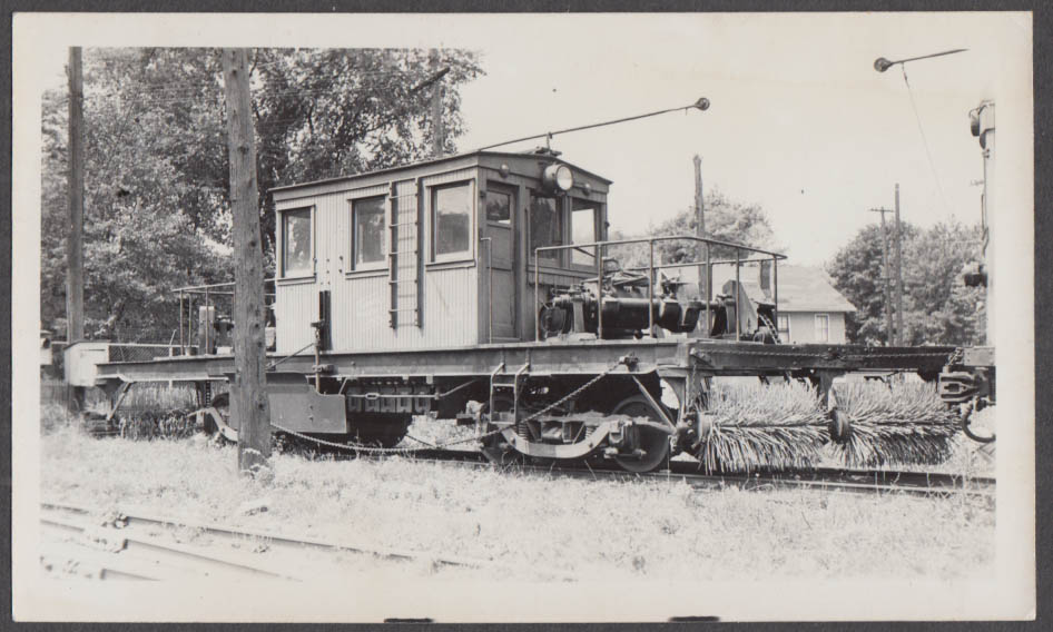 Image for Niagara St Catherines & Toronto Sweeper Car #22 at St Catherines photograph 1949