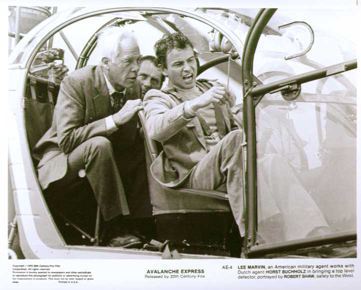 Horst Buchholz Lee Marvin Robert Shaw Avalanche Express 8x10 pic 4