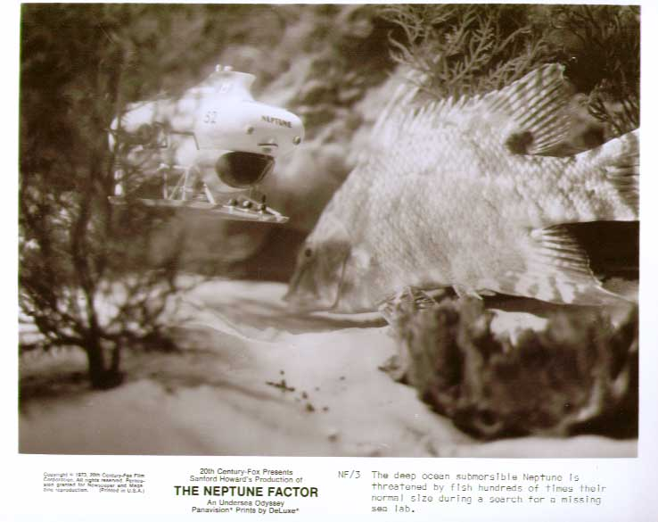 Submarine vs giant goldfish Neptune Factor 8x10 still 3