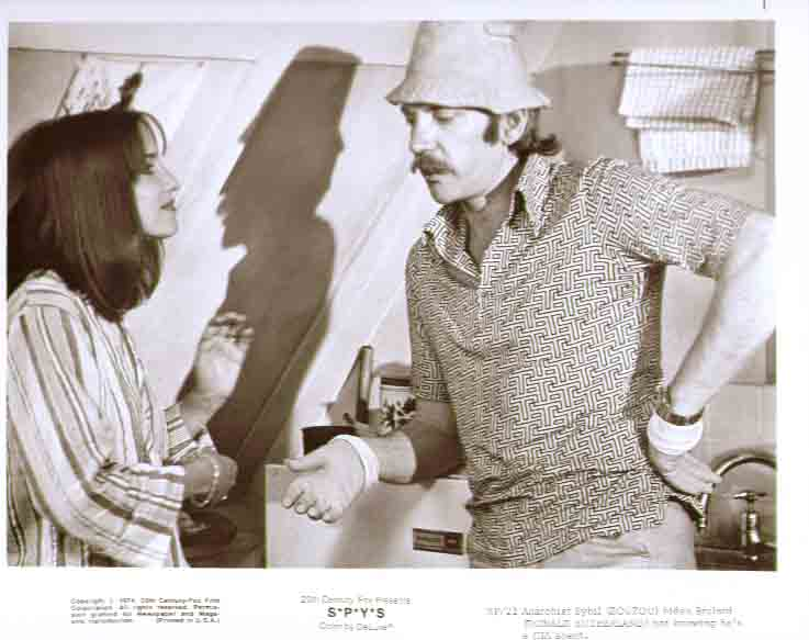 Zouzou & Donald Sutherland: S*P*Y*S 1974 8x10 still 21